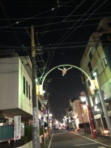 祖師谷商店街のウルトラマンゾフィ